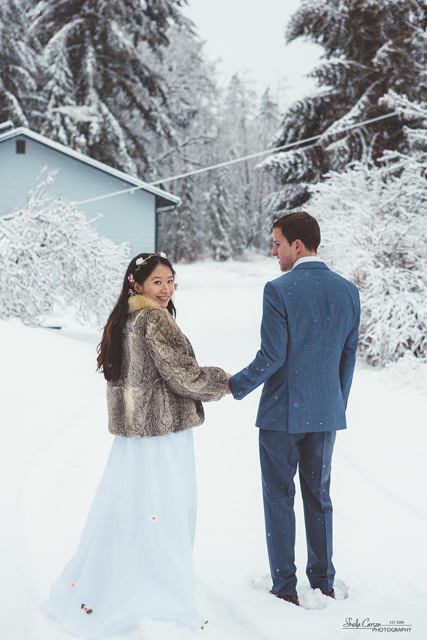 bellingham wedding photographer, bellingham elopement wedding, snow wedding
